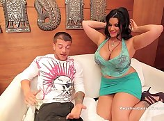 Centerfold Angelina Castro twerking her big booty