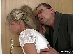 Hot girlfriend fucked hard in threesome fucking pose with husbands family