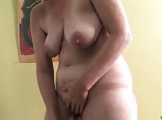 NewJersey Dildo Mature Masturbating in the Bathroom