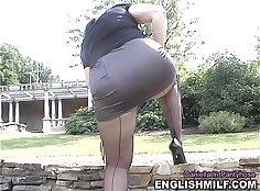 Illana Upskirt kotop Ass Pants Dildoing in public outdoor