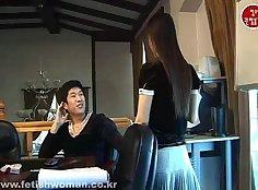 Korean femdom loves sucking