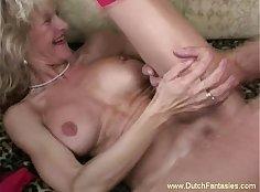 Bigbooty Princess Takes The Stiff Body of Abuse