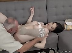 Mia Evans tease and piss