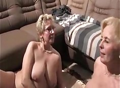 Busty lesbians Minty and Kattette licking pussy