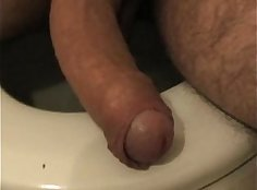 Hitting my horny wife on the bath tub so glad I let her pee