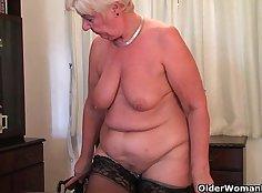 British granny Yuki masturbates with dildo