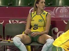 Brazilian girl leisureing in bed